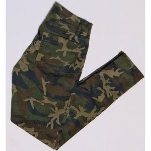 Camo Jeggings Mid rise - Size 2
